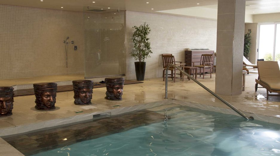 AX Sunny Coast Resort and Spa - Indoor Pool