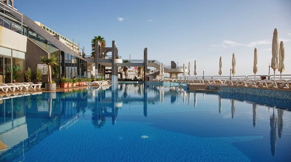 Malta holidays all inclusive - Sun and Surf Pool